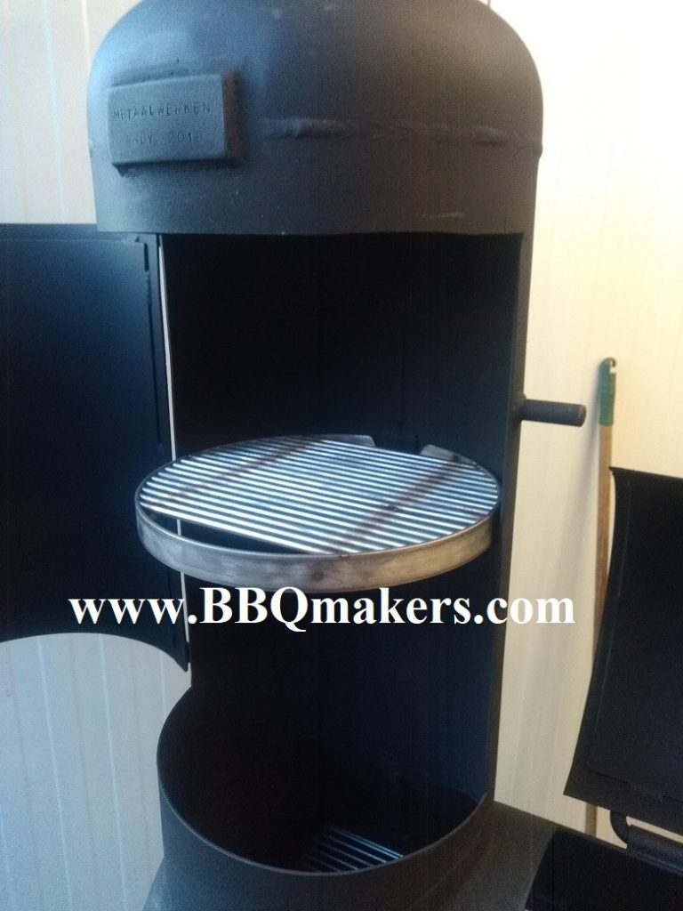 Rond grill rooster smoker